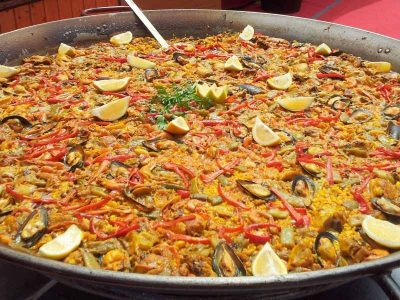 pre-post-wedding-seville-paella-dinner-4