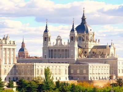 culture-tour-spain-almudena church