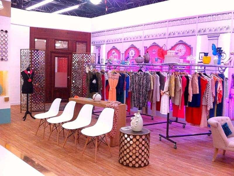 show-room-shopping
