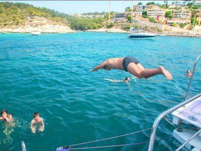 swimming-sailing-tour-spain