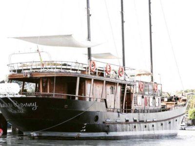 firmatur-malaga-goleta-båt-fest